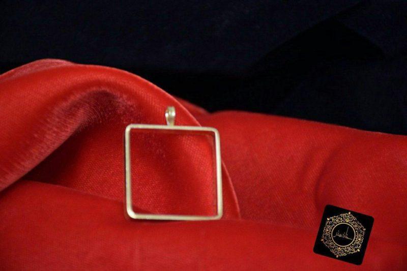 مدال برنجی مربعی