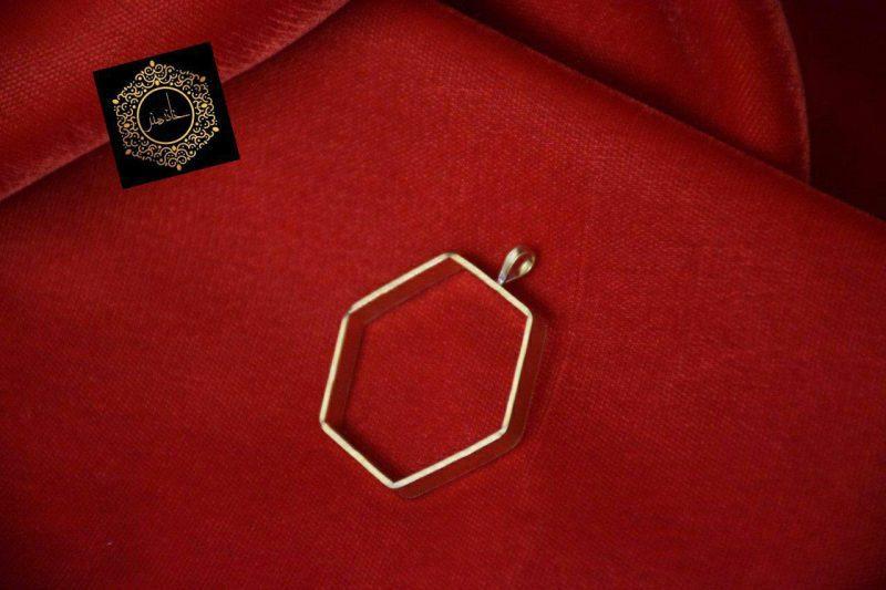مدال برنجی شش ضلعی