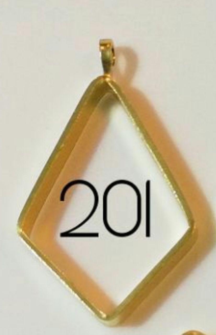 مدال برنجی بدون کفی مدل ۲۰۱