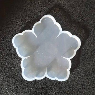 قالب سیلیکونی زیر لیوانی طرح گل